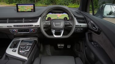 Audi SQ7 - dash