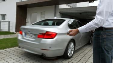 Remote parking BMW
