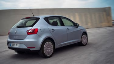 SEAT Ibiza 2015 facelift - rear tracking