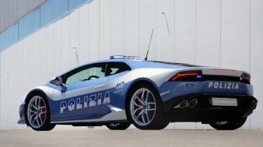 Lamborghini-Huracan-Polizia-rear-quarter