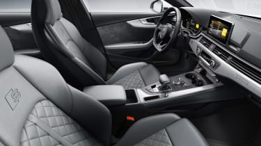 Audi S5 Coupe - front seats
