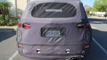 Hyundai Santa Fe spy shot rear