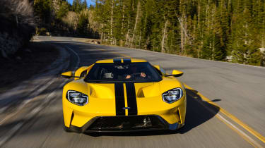 Ford GT - road full front