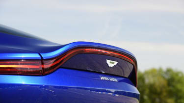 Aston Martin Vantage spoiler