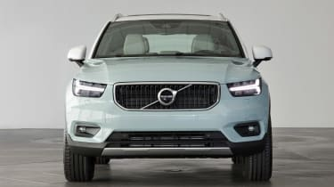 Volvo XC40 - Amazon Blue full front