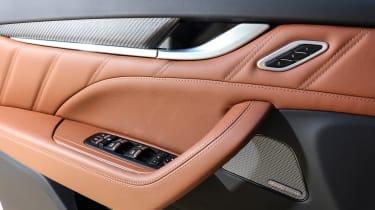 Maserati Levante - door handle
