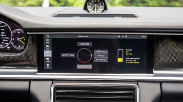 Porsche Panamera Sport Turismo 2017 review - dashboard