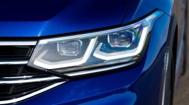 Volkswagen Tigun R - front light