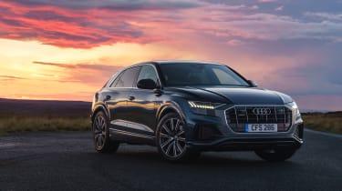Audi Q8 - front