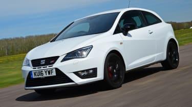 SEAT Ibiza Cupra 2016 - front tracking 2