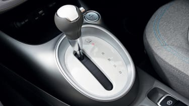 Kia Soul EV - gear lever