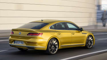 Volkswagen Arteon official - R-Line rear tracking