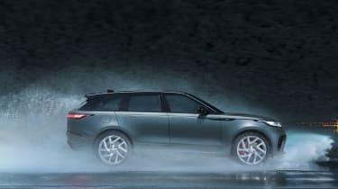 Range Rover Velar SVAutobiography - side off-road