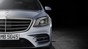 New Mercedes S-Class - front detail