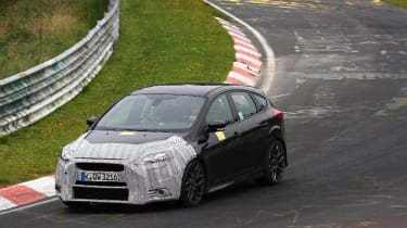 Ford Focus RS spy shot