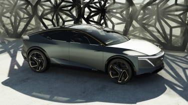 Nissan IM concept - side/front