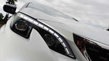 Peugeot 3008 - headlight