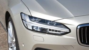 Volvo V90 2016 - headlight