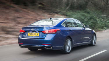 Hyundai Genesis UK 2015 rear