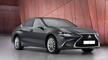 Lexus ES 2021 - front