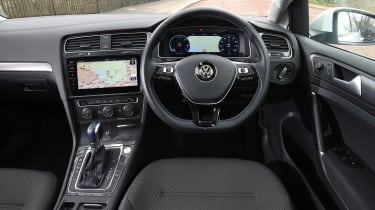 Volkswagen e-Golf - dash