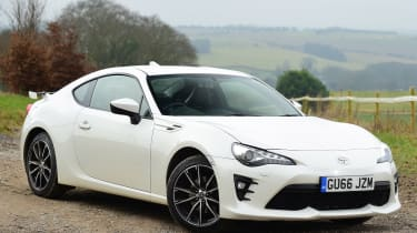 Toyota GT86 - front static
