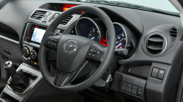 Used Mazda 5 - steering wheel