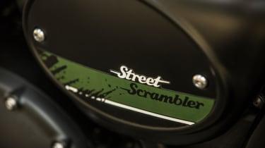 Triumph Street Scrambler review - fuel tank logo