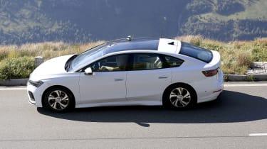 Volkswagen Aero B - side