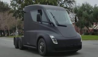 Tesla Semi truck - screenshot