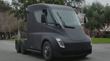 Tesla Semi truck - screenshot