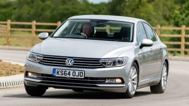 VW Passat - front cornering