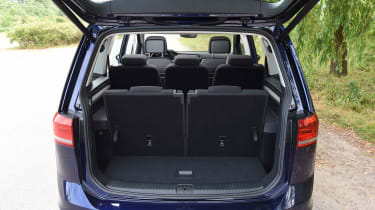 Volkswagen Touran - boot (7 seats)