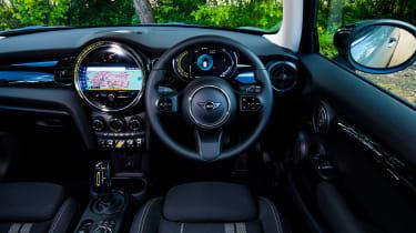 MINI Electric - interior