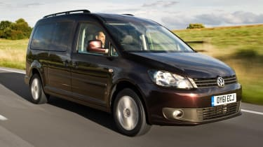 Volkswagen Caddy Maxi Life front tracking