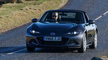Mazda MX-5 RF 2017 1.5 UK - front cornering 2