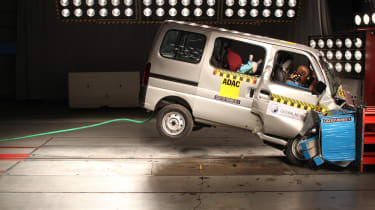 Maruti Suzuki Eeco crash test