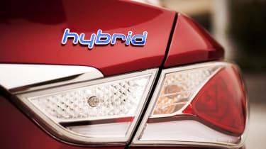 Hyundai Sonata Hybrid tail