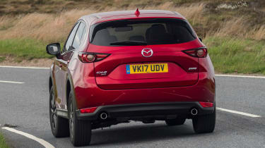 Mazda CX-5 2.0 - rear action