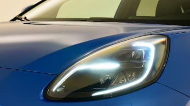 Ford Puma - studio front light
