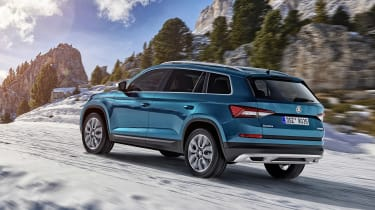 skoda kodiaq scout rear quarter dynamic