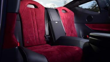 Lexus LC - rear seats