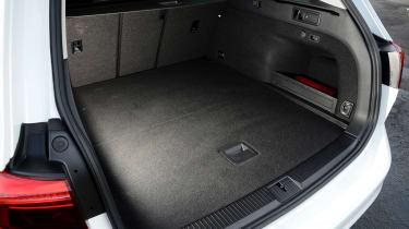 Volkswagen Passat GTE boot