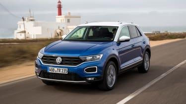 Volkswagen T-Roc - front tracking