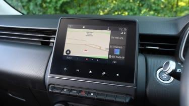 Renault Clio Long termer - screen