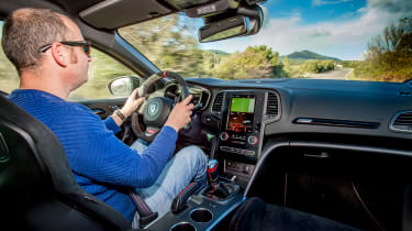Renault Megane RS 300 Trophy - driving