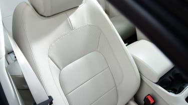 Jaguar I-Pace - seat