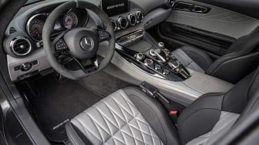 Mercedes-AMG GT C - dash