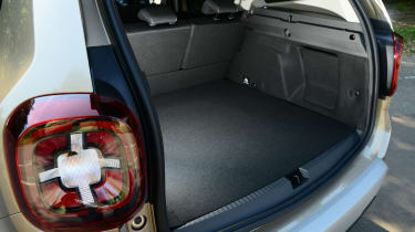 Dacia Duster - boot