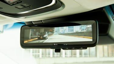 Lexus LS review - mirror